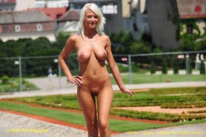 Vanessa Nude in Public, Free In Public Porn 1b: xHamster